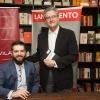 Coquetel de lançamento de livro jurídico agita Livraria da Vila - SP