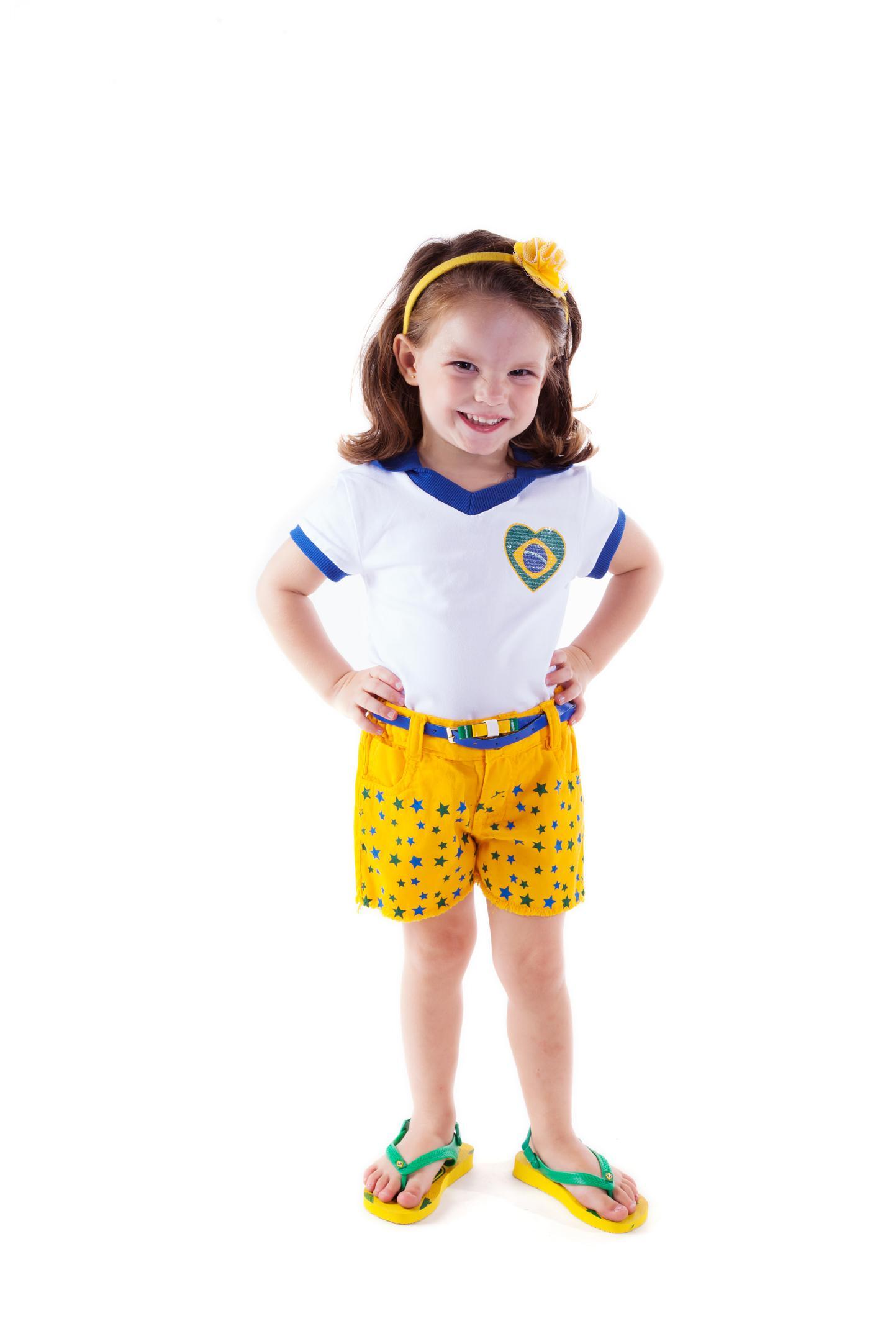 4bff56be8 Parizi Jeans for Kids lança coleção cápsula Copa do Mundo